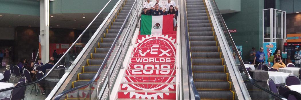 Equipo de jóvenes Duranguenses reciben reconocimiento en Mundial de Robótica – Creative Award